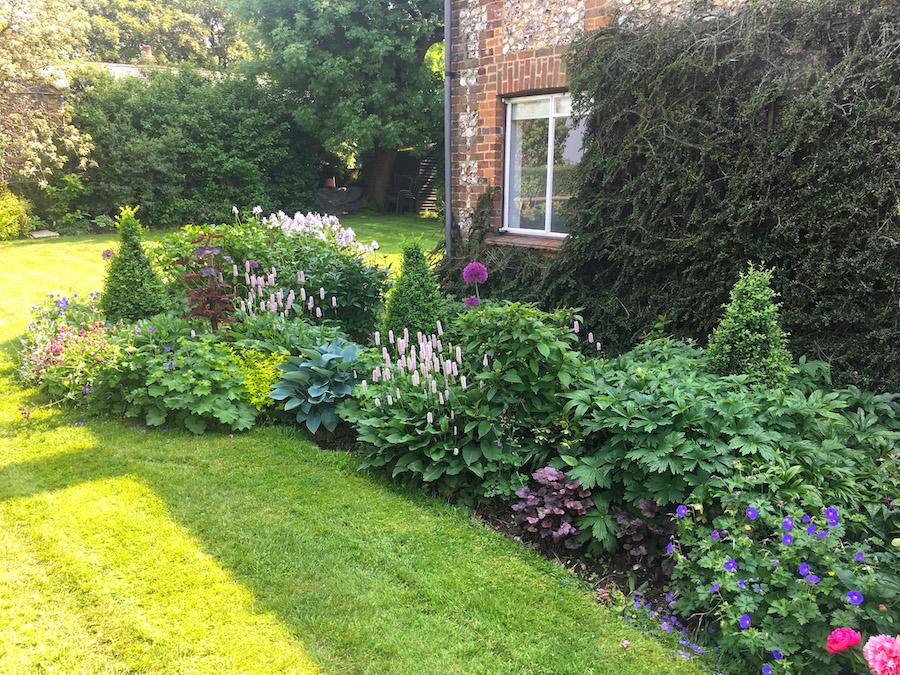 Garden Design Border Broadfork, How To Make A Cottage Garden Border