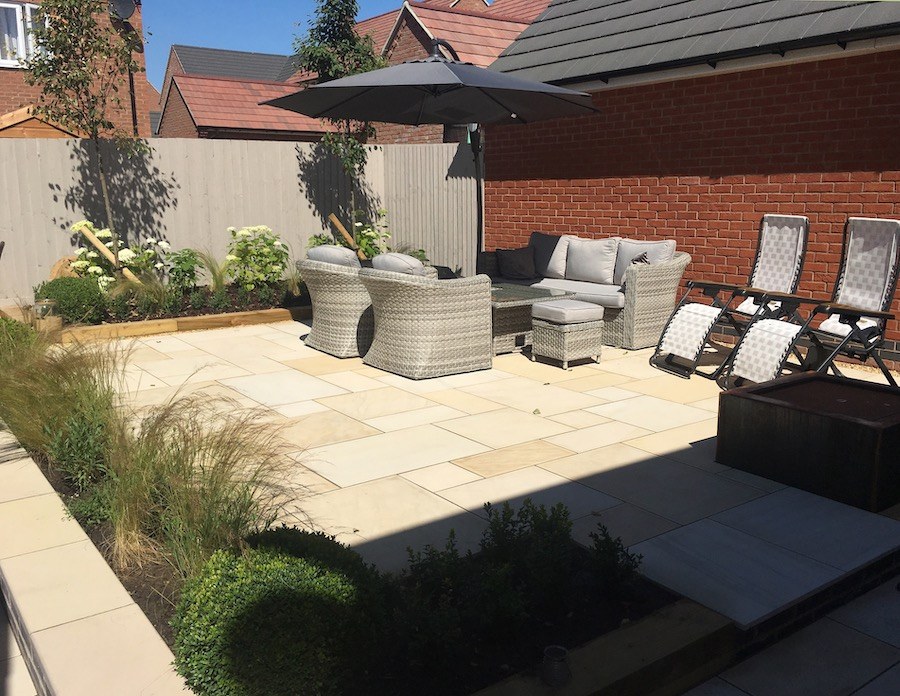 Chris Cooper-Hayes Garden Design – Leicestershire & Warwickshire - creative garden design, consultancy and planting services. We keep nature at the very heart of every project.